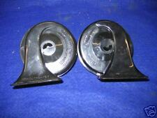 PAIR OF HORNS MG MGC MGB MIDGET MINI HIGH AND LOW TONE TWIN TERMINAL HORN  **ES3