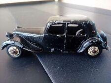 Ancienne dinky toys citroen traction 11 BL avec malle noir 24 N