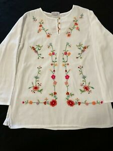 Women's Beautiful Hand Embroidered White Tunic/ Top/ Blouse size L