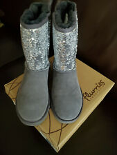 Sheepskin Winter Boots by Flurries Lady's size 7 US Sequined Velvet-Gray