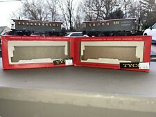 Vintage HO Scale Mantua Tyco Central Pacific Model Train Cars C.P.R.R. #83 & #64
