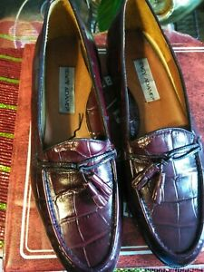 STACY ADAMS MEN'S Burgundy LEATHER LOAFERS, New , with tassels.