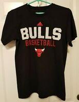 Adidas Chicago Bulls NBA Graphic T-shirt Mens Small
