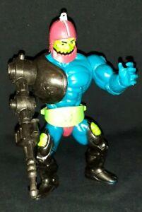 VINTAGE 1983 MATTEL HE-MAN MOTU TRAP-JAW ACTION FIGURE NEAR COMPLETE BELT GUN!