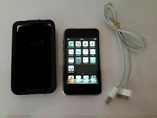 Apple Ipod Touch - 2th Generation Black - 16GB with Charging Cable