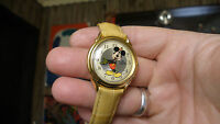 LORUS DISNEY MELODY ALARM MICKEY MOUSE SONG WATCH TIMEX BAND MENS WOMENS RARE !