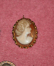 Vintage Young Woman 14K Beautifully Carved Shell Cameo Brooch Pendant