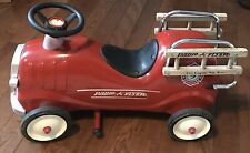 Radio Flyer Metal Red Ride-On Fire Engine No 9 Model 909