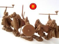"NEW! ""PUBLIUS"" VIKINGS  WARRIORS ""RUNEKRAFT"", 5 rubber plastic soldiers 1:32"