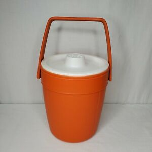 Vintage Rubbermaid Orange Ice Bucket Cooler Insulated Tailgating Camping Bar