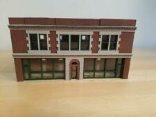 HO scale 1/87 Sherman Building - built and ready