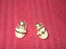 CHICKS HATCHING EGGS EARRINGS PINS AVON GUC GOLD TONE AND ENAMEL GIRLS WOMEN