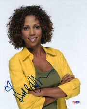 HOLLY ROBINSON PEETE SIGNED AUTOGRAPHED 8x10 PHOTO 21 JUMP STREET PSA/DNA