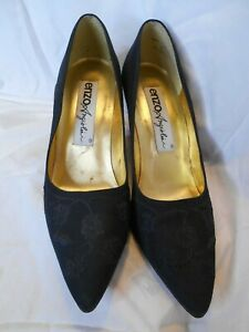 ENZO ANGIOLINI, Black Embroidery Floral, Shoes, Pumps, Size 6M, Made in Brazil