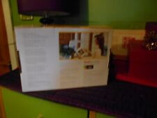 KODAK EASYSHARE P720 DIGITAL PICTURE FRAME WITH INTERCHANGEABLE COLOURED FRAMES