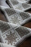 Set 8 vintage UNUSED cream Irish linen table napkins - Lefkara hand embroidery