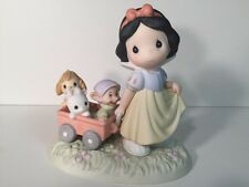 Snow White Heigh Ho Its Off To Play We Go Figurine 2005 Disney Precious Moments