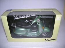 NewRay Vespa Granturismo Scooter Green Green Metallic, 1:12