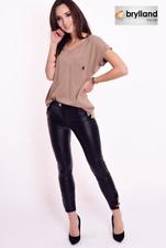 T-Shirt mit Tasche - kurzarm 95% Baumwolle Farbe: braun Größe: One Size