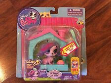 New Littlest Pet Shop Tail Waggin' Zoe Trent with Magic Motion