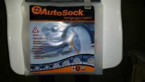 AutoSock Anfahrhilfe Notfahrhilfe Reifensocken für Antriebsräder Größe 699