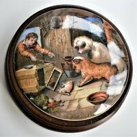 "Antique Victorian Prattware Pot Lid ""Both Alike"" Two Dogs 12cm wide c.1870"