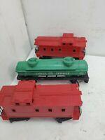 Lionel post war 3 piece lot caboose's & tanker Look