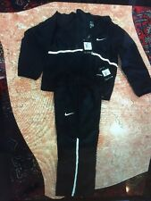 Boy's BLACK AND WHITE NIKE PANTS AND ZIP UP JACKET SET SIZE XS