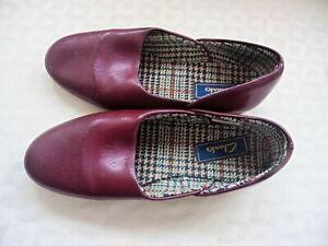 "Clarks ""Wine"" Leather Upper, Leather Sole, Tartan Fabric Lined Slippers. U.K 9"