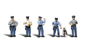 New Woodland N Scale Policemen Train Figures A2122