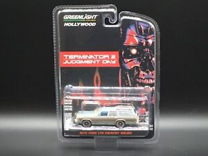 2021 GREENLIGHT 1979 FORD LTD COUNTRY SQUIRE TERMINATOR 2 HOLLYWOOD SERIES 32
