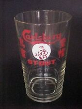 VINTAGE ! Singapore Carlsberg STOUT Old Man Logo glass (乌蜜皇帽 ) #B