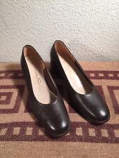 Ladies 6 1/2 B Salvatore Faragamo Brown Chunky Heels Pumps Italy Boutique