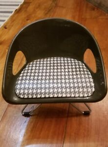 Vtg. Mid Century Costco Childs  Eames Style Plaid Booster Chair Adjustable