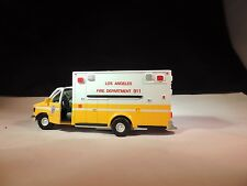 Diecast Ford E-350XL Type III version L A Fire Department 911 1:43