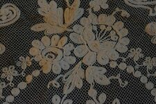 Mouchoir antique XVIII XIXe dentelle Bruxelles Italie broderies lace embroidery