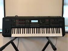 Yamaha MOX6 61-Key Semi-Weighted Music Production Synthesizer Workstation w/ bag