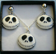 NIGHTMARE BEFORE CHRISTMAS NECKLACE & STUD EARRINGS GIFT BOX SET