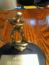 vintage hockey trophy 1985 with puck attached Mites hockey ice stick