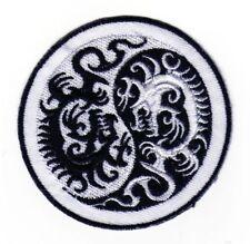 ab93 Yin Yang Drachen Hindu Asien Sport Aufnäher Bügelbild Patch 7,5 x 7,5 cm