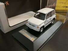 Premium x 1 43 Suzuki escudo 1992 Prd327 Diecast Models Car Collection White