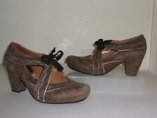 Earthies Brown Suede Mary Jane Lace Heels Size 7 Pumps Shoes