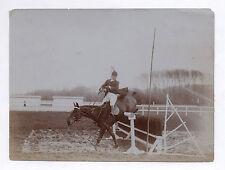 PHOTO ANCIENNE Animal Cheval Saut d'obstacle Hippisme Équitation 1912 Jockey
