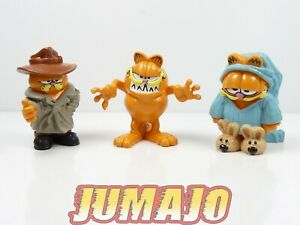 FIG7 lot 3 figurines PVC PAWS MD TOYS : Garfield effrayant, Détective, Pyjama