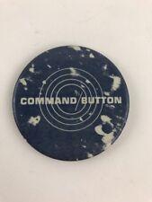 VINTAGE 1981 ATARI COMMAND GAME ORIGINAL SQUARE DELUXE BUTTON PIN COLLECTIBLE