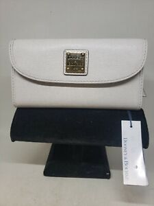 Dooney & Bourke SAFFIANO Exclusive Leather Collection Continental Clutch Wallet