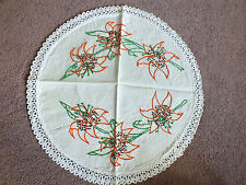 Embroidered Doily Dresser Scarf Off White Crochet Trim Tigerlilys 14 Inch NICE
