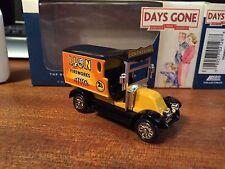 Lledo Days Gone DG085022 Renault Van - Lion Firework
