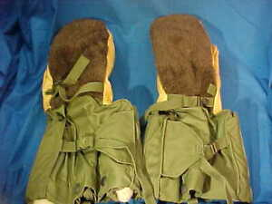 NOS Vintage US ARMY Extreme Cold ARCTIC GLOVES Mittens SMALL
