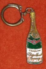 Porte-clé Keychain Champagne Perrier JOUËT EPERNAY  IZIAT IRIV  ( émail Abîmé )